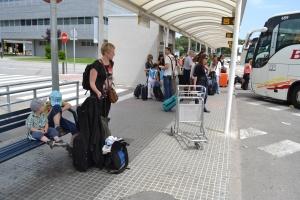 På flygplatsen i Spanien